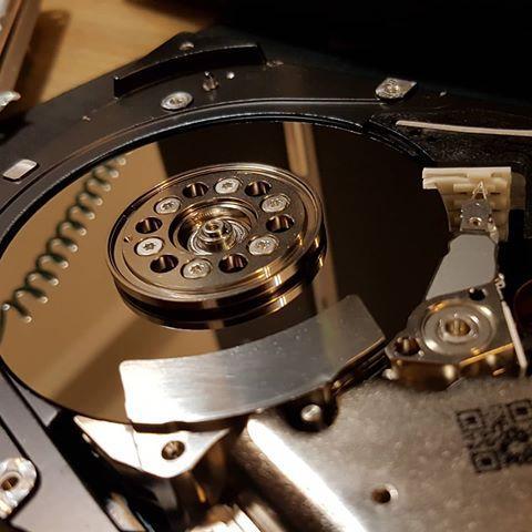 هارد دیسک ssd چیست؟