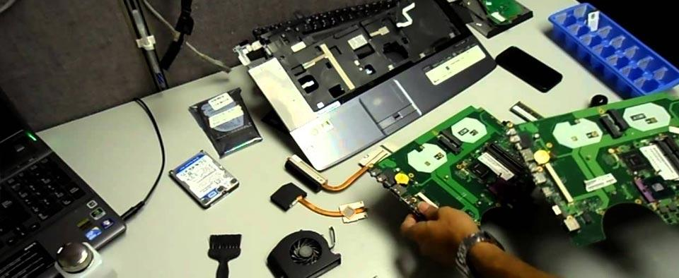 خدمات تعمیر لپ تاپ فوجیتسو